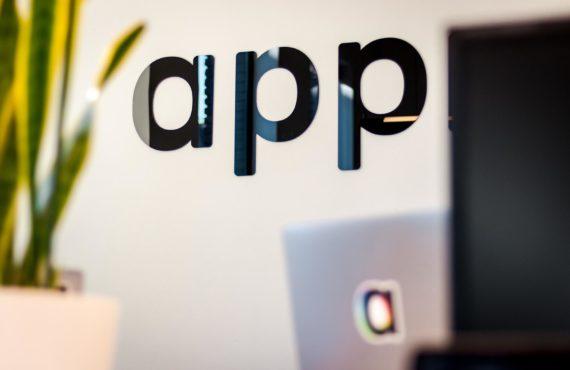 Tim-van-der-Kuip-Unsplash-app